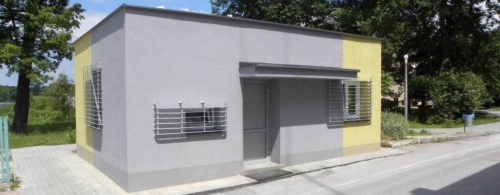 Budynki Powiatowego Centrum Zdrowia Sp. z o.o. w Opolu Lubelskim przy ul. Szpitalnej 9